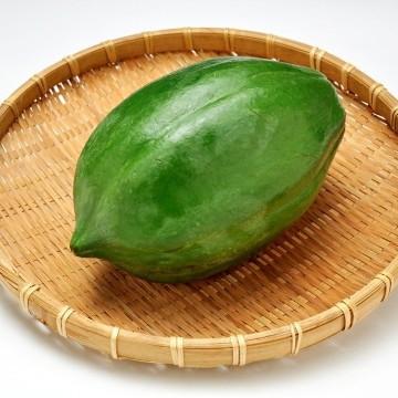 Papaye verte frais 1 pièce ( 550g environs )