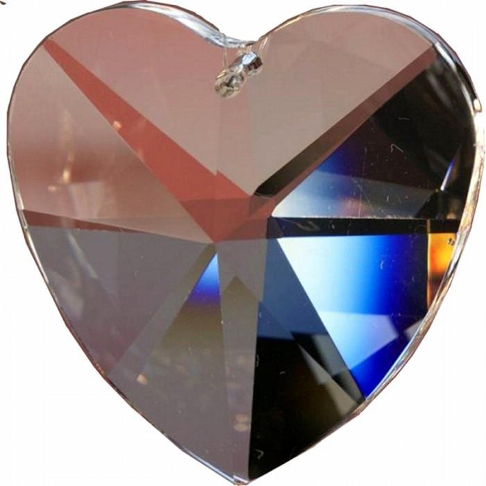 Cristal à facettes en forme de coeur