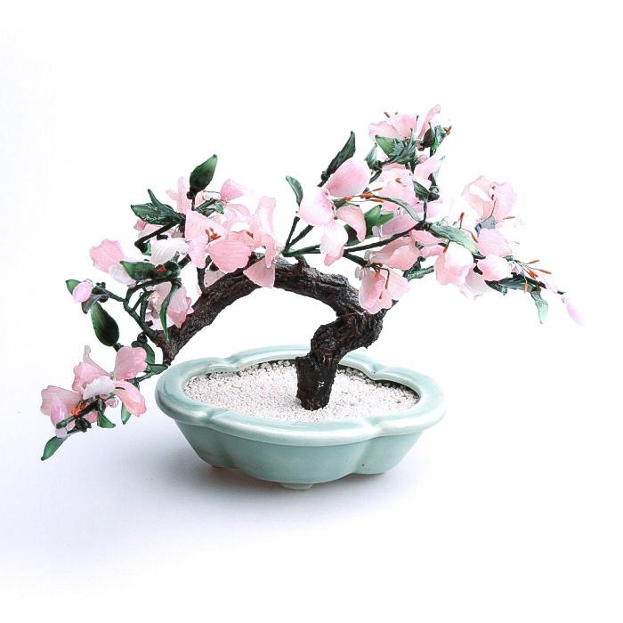 Bonzaï fleuri rose en pierre