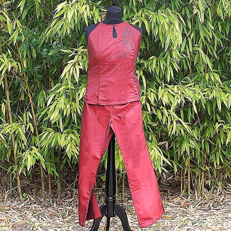 Ensemble avec top dos nue et pantalon rouge/bordeaux