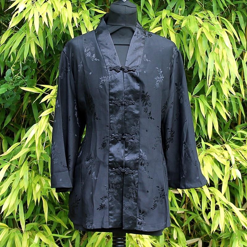 Chemisier noir motifs floraux effets satinés