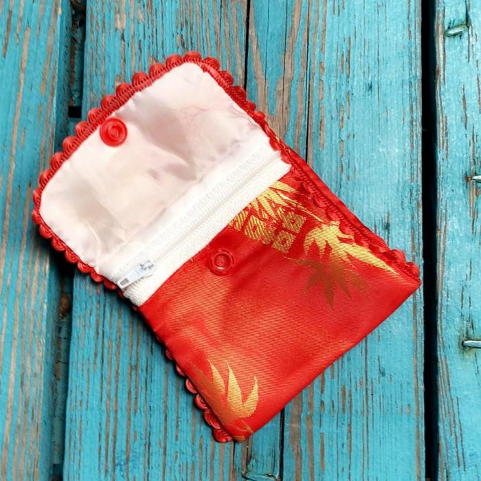 Mini pochette rouge traditionelle