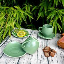 Tasses et sous-tasses en porcelaine verte