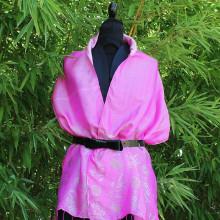 Foulard rose motif bambou