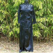 Ensemble chemisier et pantalon noir motifs traditionnels