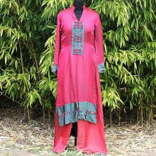 Ensemble tunique en soie rouge bordeaux chemisier long et pantalon