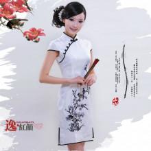 Robe chinoise (Qipao) fleur de prunier blanc