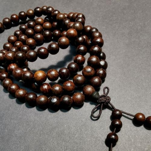 Collier en bois de 108 perles de bois