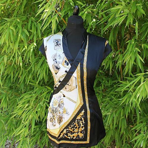Tunique noire manches courtes avec imprimé doré et turquoise
