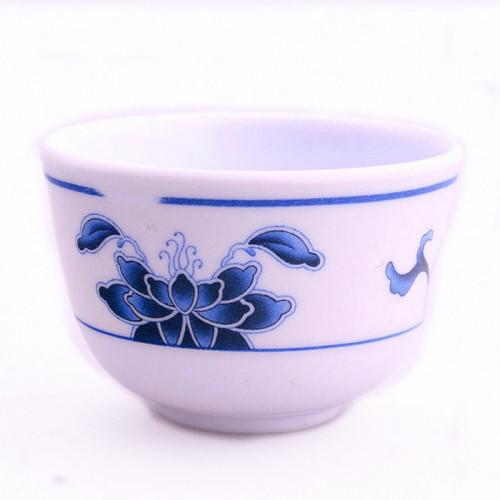 Tasse nénuphar bleu pour thé ou saké